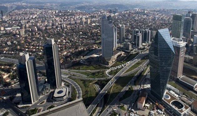 Moody's 10 büyük Türk bankasını takibe aldı