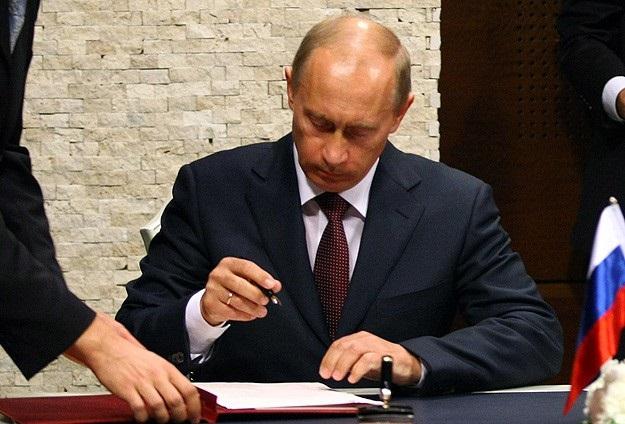 Putin imzaladı, Rusya Kırım'ı resmen ilhak etti