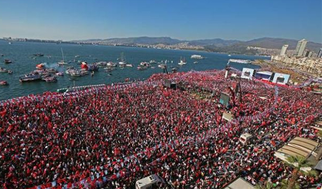 CHP İzmir'de 4 belediyeyi kaybetti