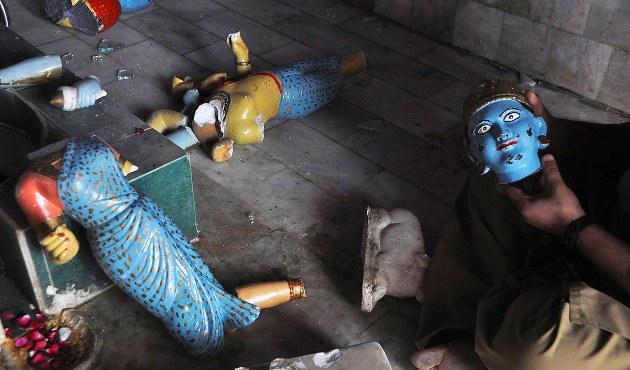 Zarar gören tapınakta Hindu - Müslüman dayanışması