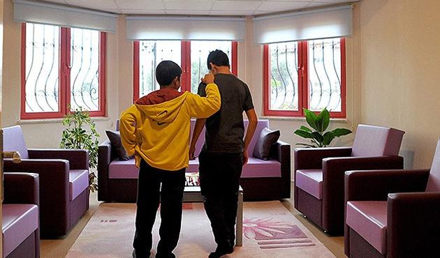 Yetiştirme Yurtları yerine Sevgi Evleri