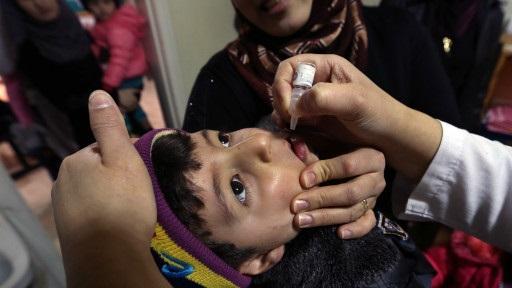 Suriye'deki çocuk felci salgını bölgeye yayılabilir