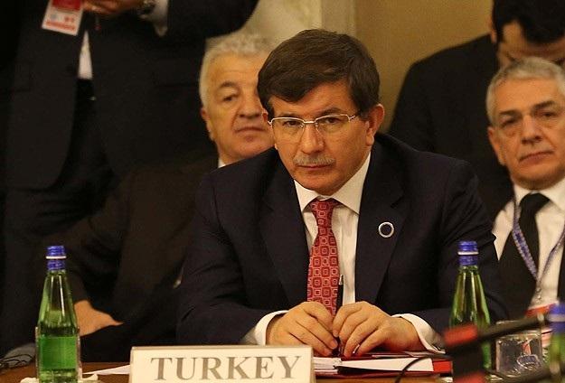 Davutoğlu'ndan Twitter açıklaması