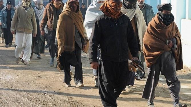 Taliban: Ateşkes bitti müzakereler sürsün...