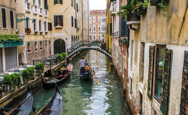 İtalya Venedik'te ayrılıkçı sesler; 24 tutuklama!