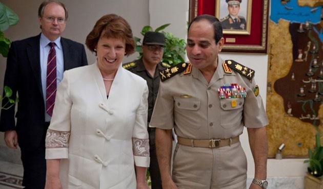 AB'den Mısır'ın yol haritasına destek