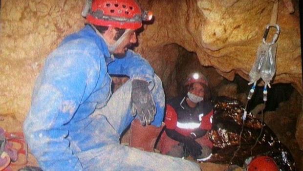 Mağaradan 83 saat sonra kurtarıldı