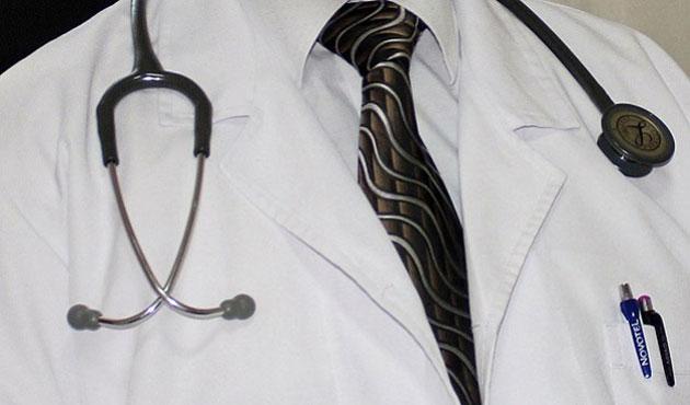 Doktora hakarete 7 bin 600 lira para cezası