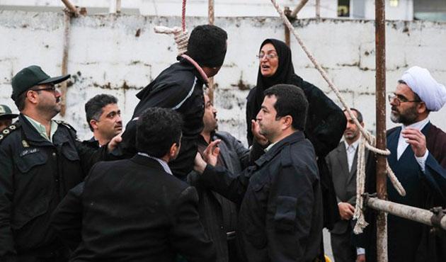İranlı anne, oğlunun katilini neden affettiğini anlattı