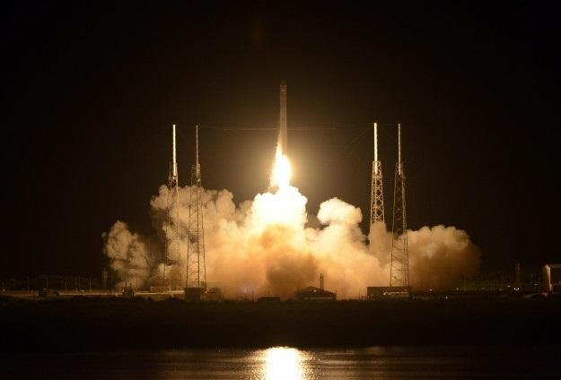 'Falcon 9' roketi fırlatıldı