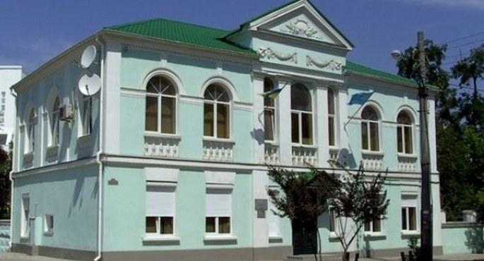 Kırım yönetimi, KTMM binasına göz koydu