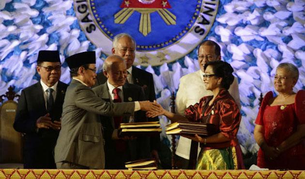 Moro Müslümanları barış sonrasıyla yüzleşiyor