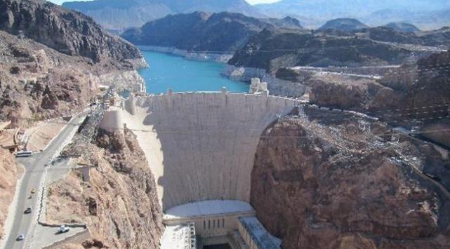 Etiyopya Mısır'a rağmen baraj inşasına devam ediyor