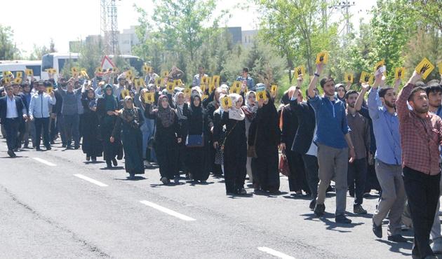 Dicle Üniversitesi'nde Mısır'daki idamlara tepki