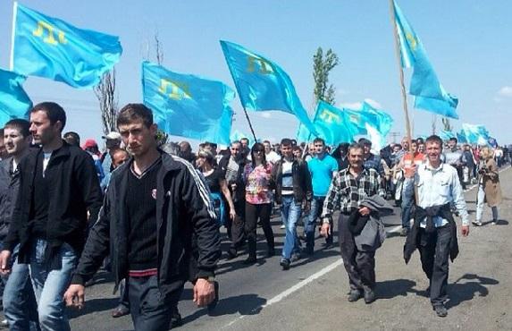 Tatarların Kırım'a girmesine izin verilmiyor