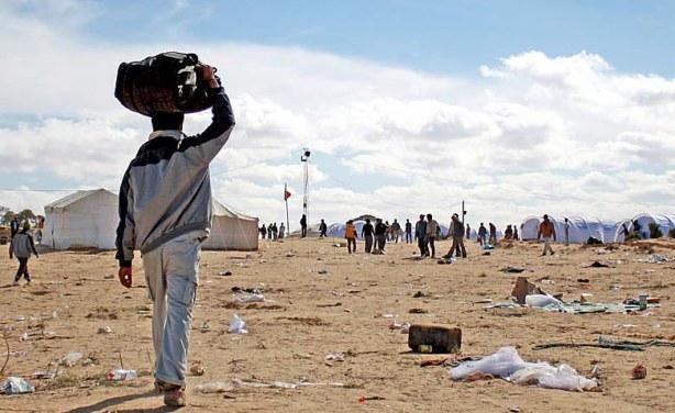 Sahra çölünde yine dram: Onlarca göçmen kayıp