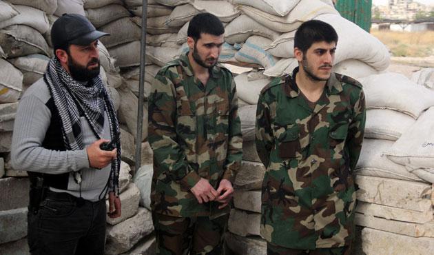 Humus'ta kuşatma altındakiler tahliye edildi/ FOTO