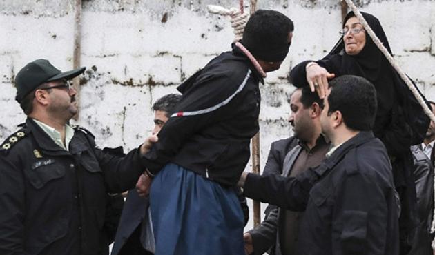 Oğlunun idamlık katilini affeden anne İstanbul'da