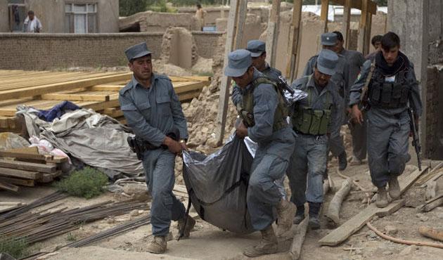 Afganistan'da bombalı saldırılar: 11 ölü