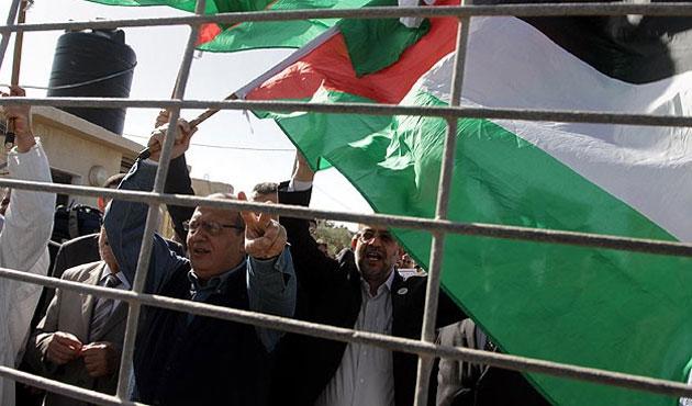 Gazze Ramazan'a ekonomik krizle giriyor