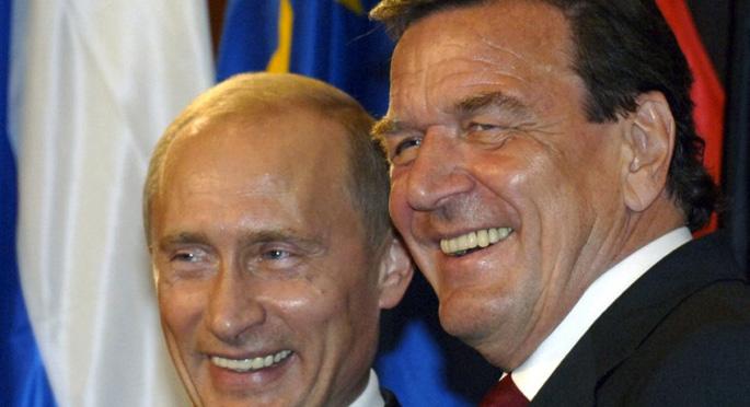 Eski Alman Başbakandan Putin savunması
