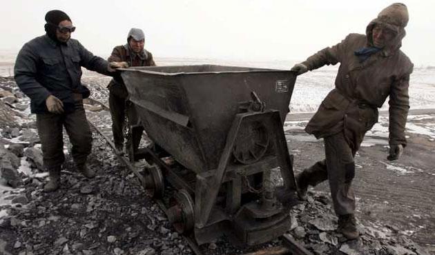 Doğu Türkistan'daki kazada 17 madenci öldü