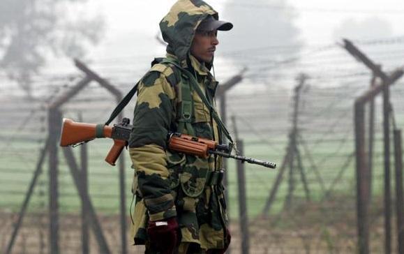 Keşmir'de çatışma, bir Hindistan askeri öldü