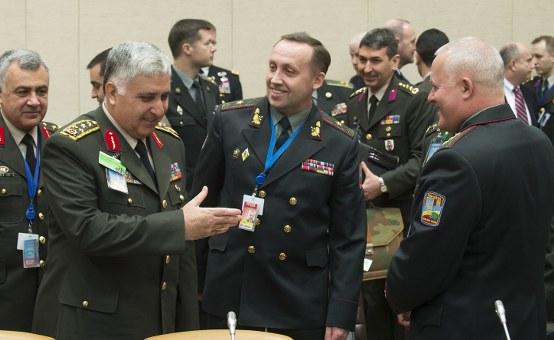 NATO genelkurmay başkanları Ukrayna'yı görüşüyor