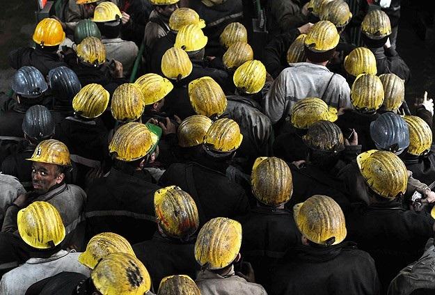 Madencilerin fazla mesai ücreti iki katına çıkarıldı