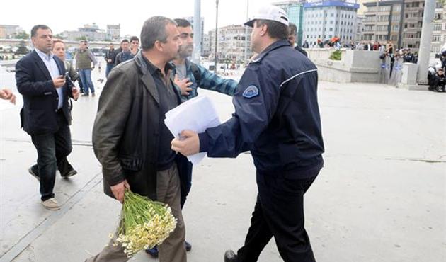 İstiklâl'de müdahale; iki kişi gözaltında