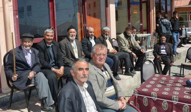 Bir köyde halk seçimi boykot etti