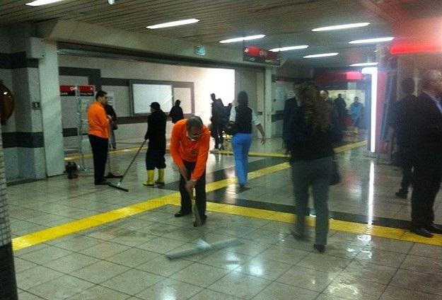 Ankara metrosunda su baskını