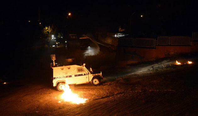 Tunceli'de polis araçlarına saldırı