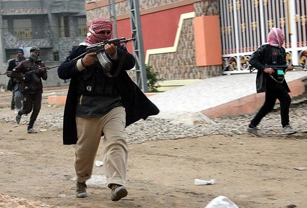 IŞİD'le Nakşibendi Ordusu çatıştı: 17 ölü