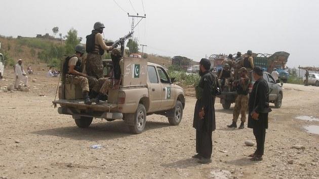 Pakistan'da Taliban'a yönelik operasyon: 11 ölü