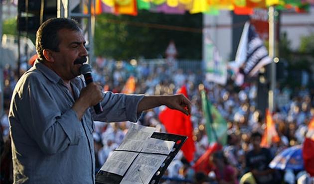HDP'den 'Öcalan seneye bırakılacak' vaadi