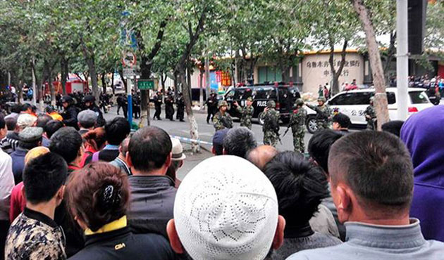 D. Türkistan'da işgalci Çin'in katliamı sürüyor: 100 ölü
