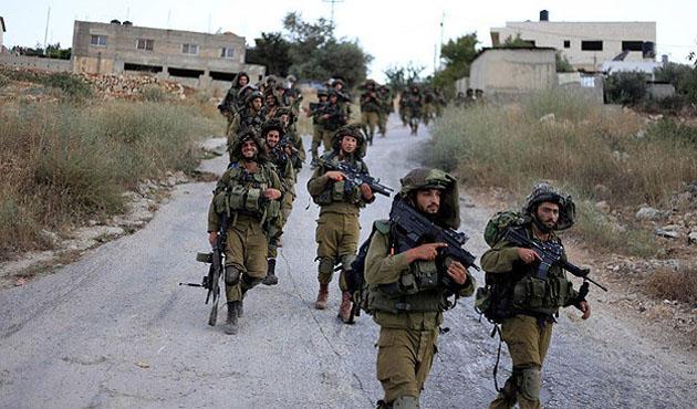İsrail, 38 Filistinli'yi daha gözaltına aldı