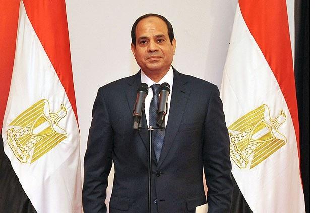 Sisi: Mübarek'in aklanması kararı eleştirilmemeli
