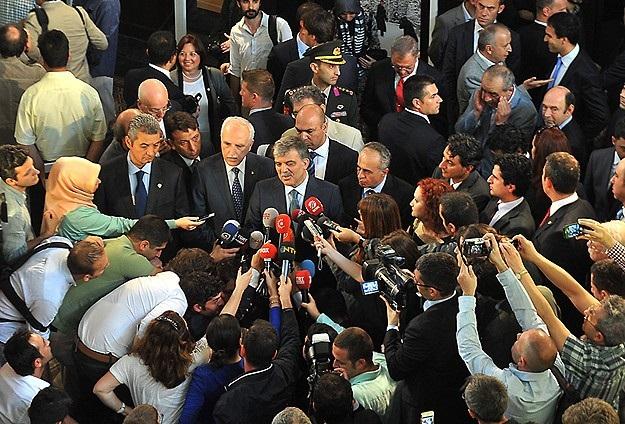 Abdullah Gül: Aramızda konuşacağımız konular