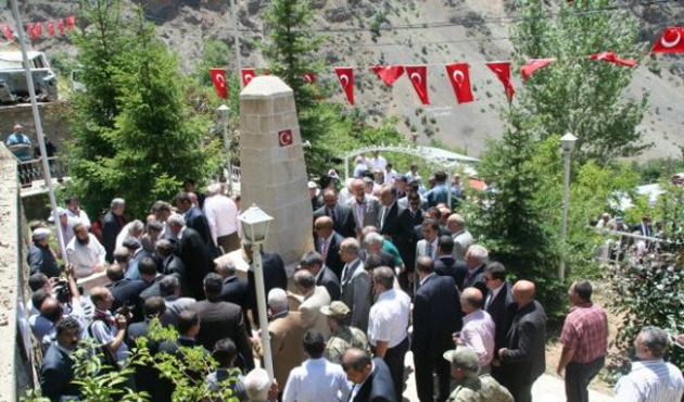 Başbağlar Erzincan ve İstanbul'da yadedildi
