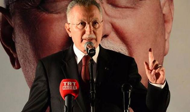 İhsanoğlu: Avrupa'da da siyasiler cumhurbaşkanı olmuyor