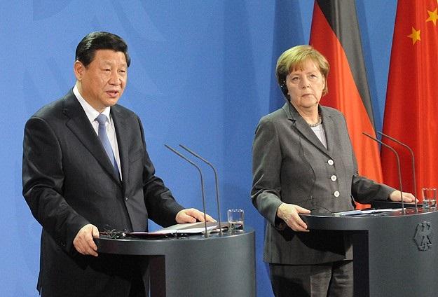Çin Devlet Başkanı Şi, Merkel ile görüştü