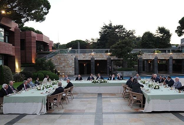 Cumhurbaşkanı Gül, Diyanet mensuplarına iftar verdi