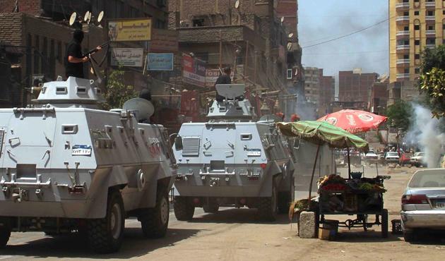 Mısır'da patlama: 2 polis öldü