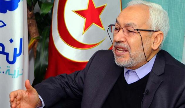 Nahda 'İslami faaliyetleri'ni devrediyor