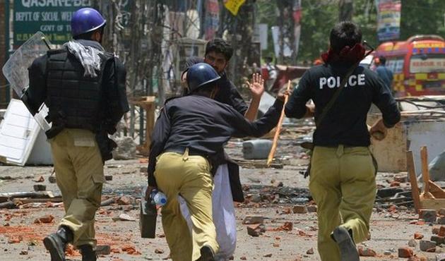 Pakistan'da çatışma: 10 ölü