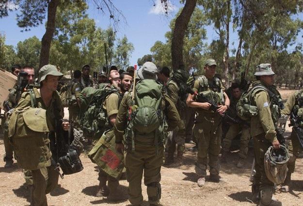 İki İsrail askeri çatışmada öldü
