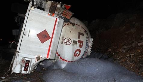 Patlayan tankerin sürücüsü tutuklandı
