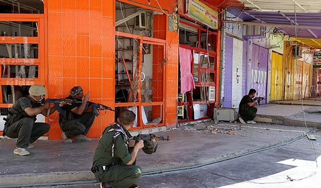 Celavle'de IŞİD ile peşmerge çatışıyor
